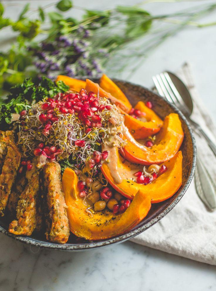 Vegan autumn rainbow salad. Met heel veel groenten en heel veel kleur. Inclusief kookvideo met recept.