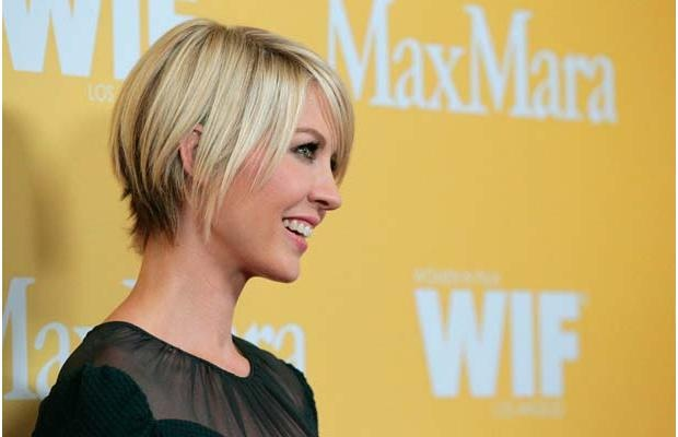 Actress Jenna Elfman. I just need them to thin our way more at the bottom of the back to get that lovely wispy look - less bob, more wisp