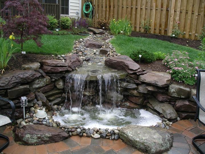 www.vistaprolandscape.com