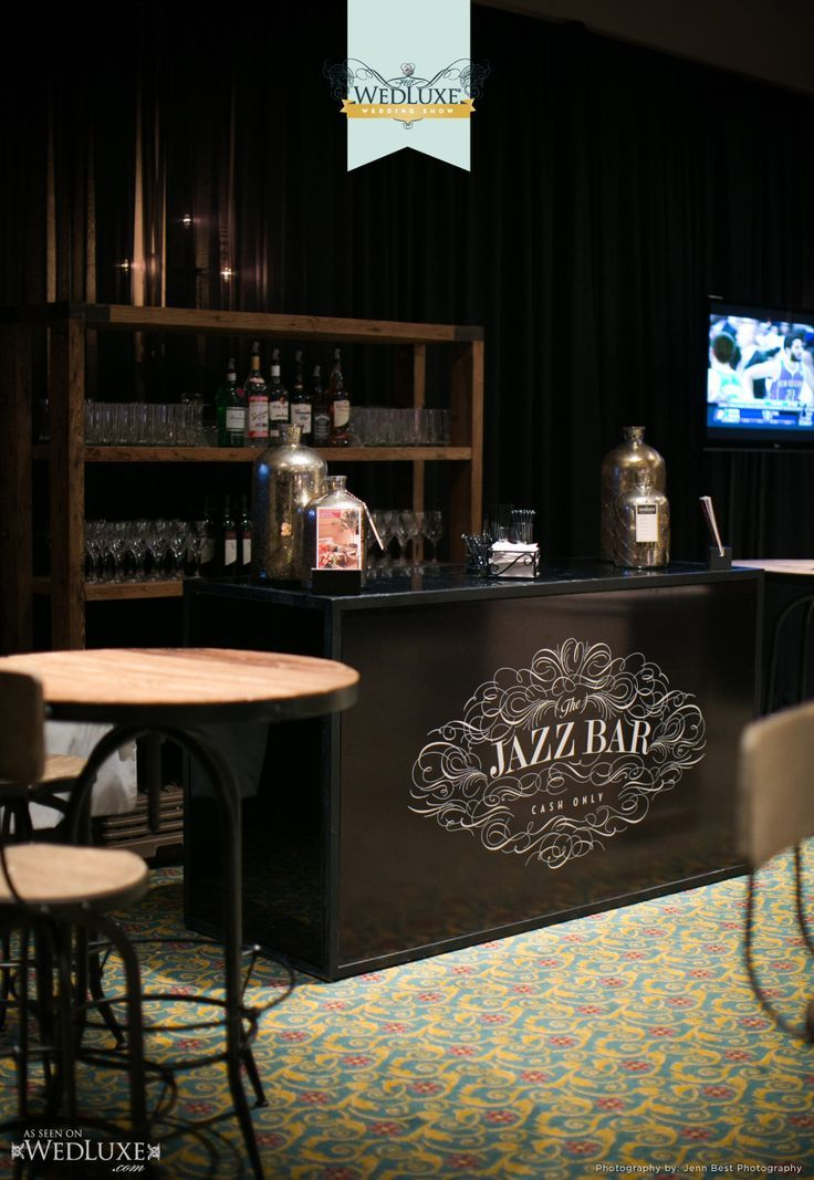 www.limedeco.gr black bar for this jazz wine bar