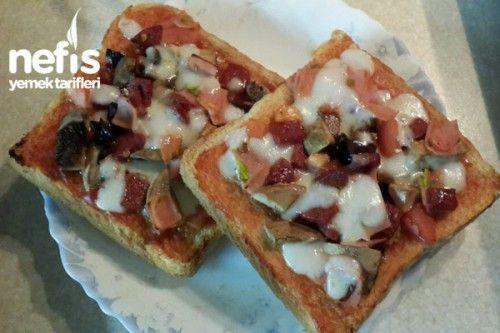 Küçük Kahvaltılık Pizza Tarifi