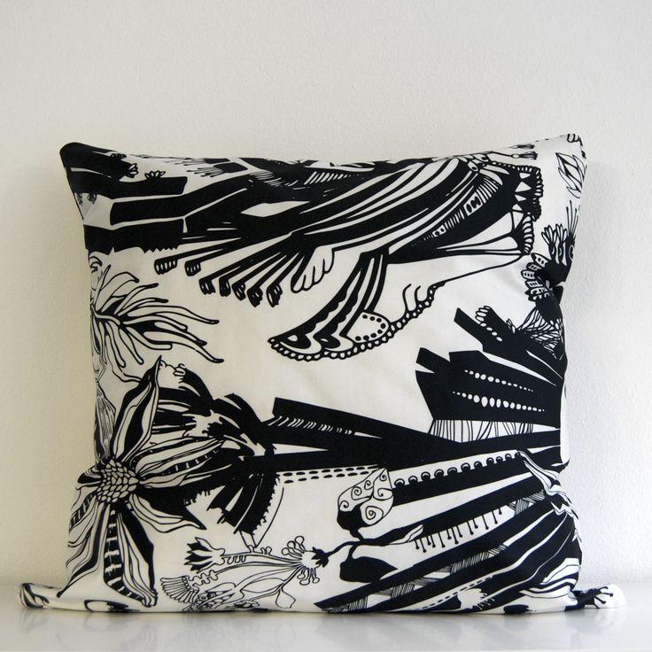 Million-tyynynpäällinen, Design Susanna Sivonen