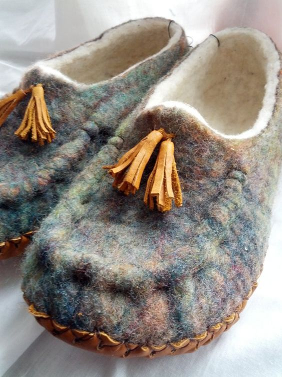Mens Slippers, Hand Felted Wool, Minelli Leather Soles, Sz 10-11 (North Am):