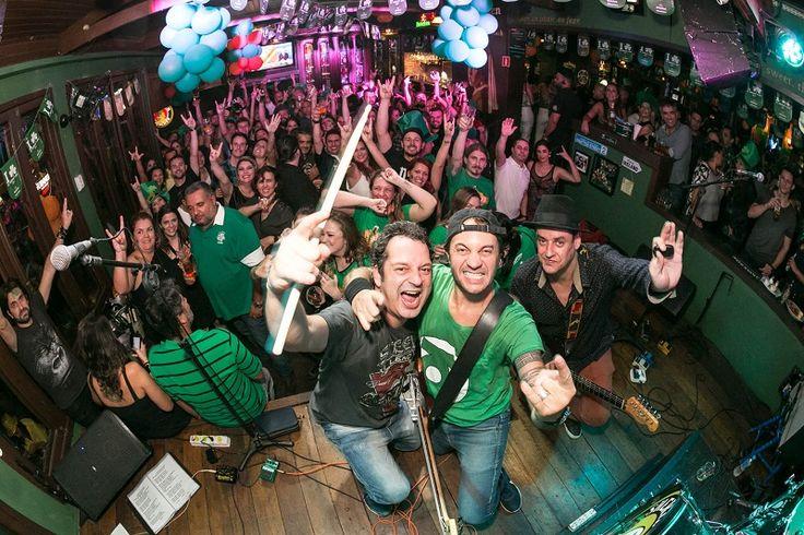 A final da Champions League 2017 tem trilha sonora de muito rock no Sheridan's Irish Pub. A casa abre no sábado (3/6) em horário especial, às 15h, para transmissão do jogo ao vivo. A partida tem Juventus contra Real Madrid e acontece em Cardiff, no País de Gales. A entrada é liberada...