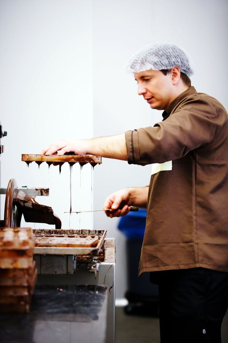 Watch live chocolate demonstrations at the Luka Chocolates Factory. Monday to Friday (10am - 4pm). For more information, head to http://bit.ly/1OcWnNd