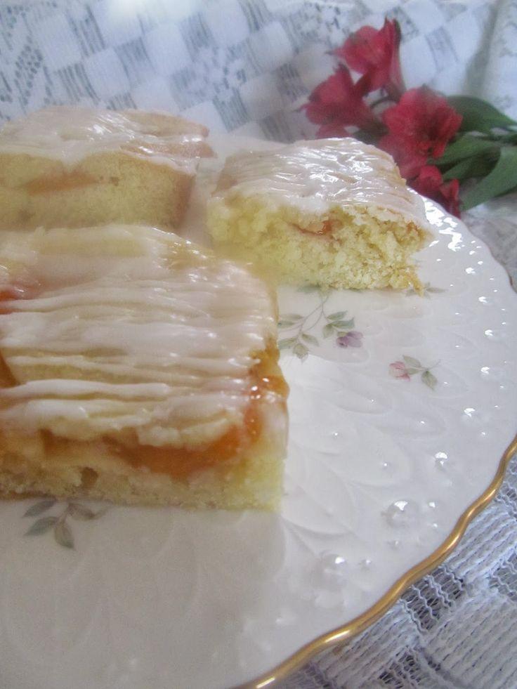 Home Joys: Flo's Cakes - Peach Coffee Cake