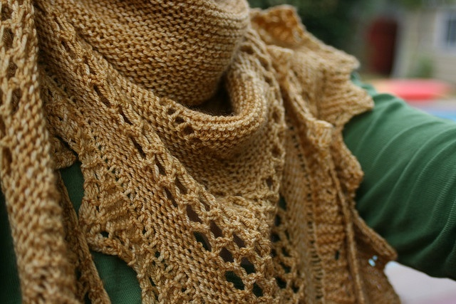 Aestlight Shawl by Gundrun Johnston (have made one, will make more!)