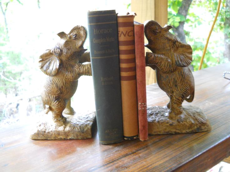 Elephant Bookends by BeckysHideaway on Etsy https://www.etsy.com/listing/472737283/elephant-bookends