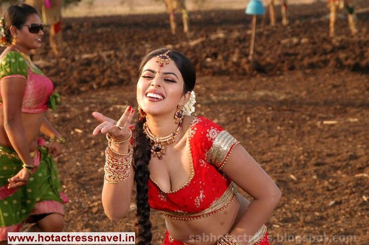 www.hotactressnavel.in - Navel, Cleavage, Thighs, Legs, Sari, Saree, India, Indian, Desi, Hot, Sexy, Belly Button, Telugu, Tamil, Malayalam, Hindi, Kannada, Movies, Actress, Bollywood, Tollywood, Hip, Waist, Poorna Navel Saree