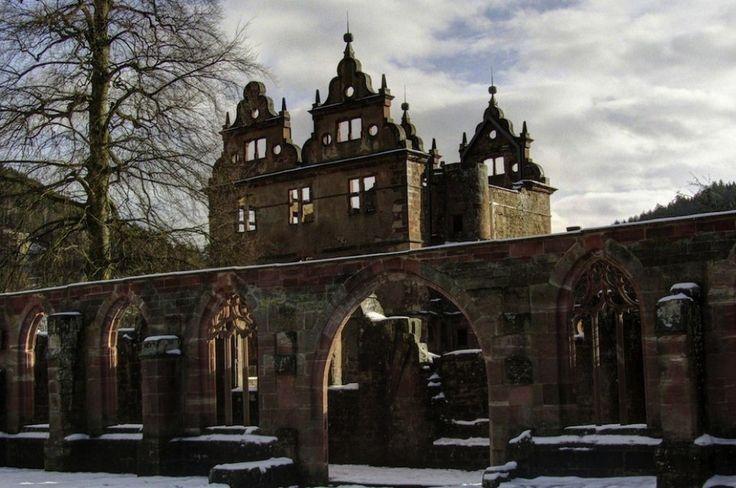 Mosteiro do século 15, na Floresta Negra, na Alemanh