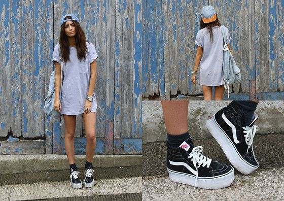 American Apparel Pocket Tee, Ebay Denim Hat, Vans Customised Sneakers, American Apparel Denim Backpack