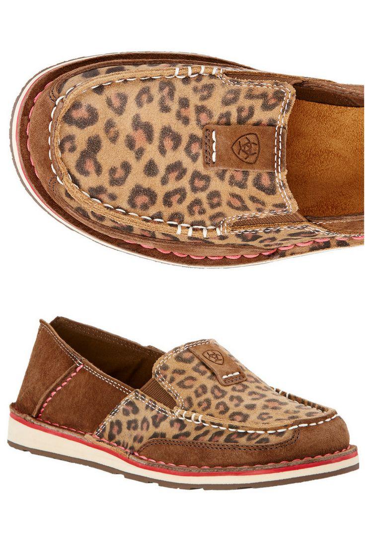 Ariat Cruisers in leopard print!