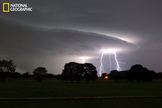 Image of lightning shot looking east toward Dallas. (Photo and caption Courtesy Ricky Niell / National Geographic Your Shot)