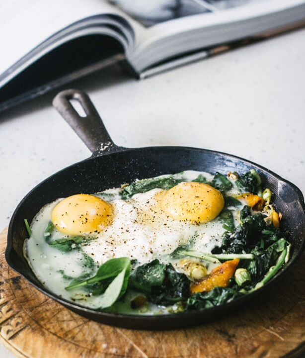 Baked Eggs with Spinach, Ricotta, Leek and Chargrilled Pepper ...