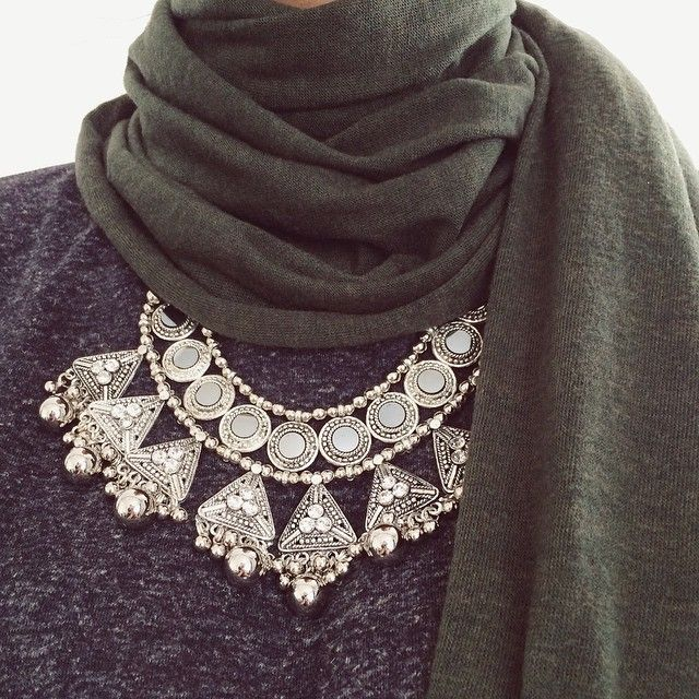 Inayah Collections Dark Green Knitted Hijab and Arya Statement Necklace. #modestfashion
