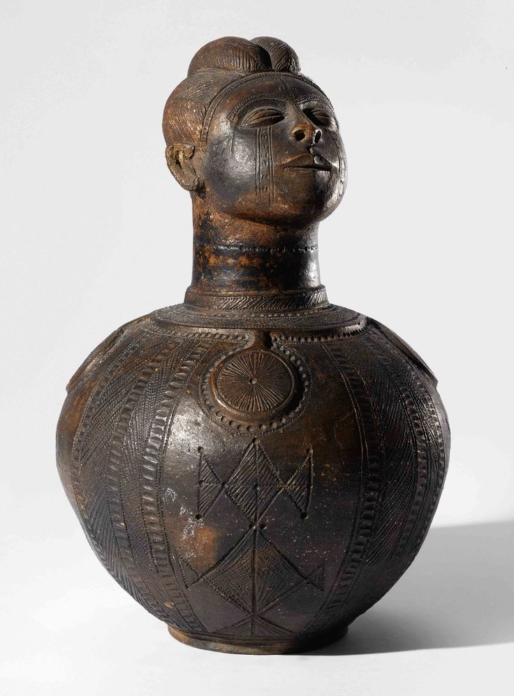 Africa | Anthropomorphic vessel by Mbitim (Zande people) of DR Congo | Clay | ca. mid 1940s