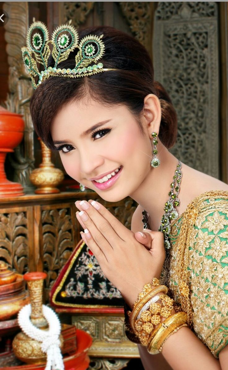 1000 Images About Cambodian Dress On Pinterest Wedding