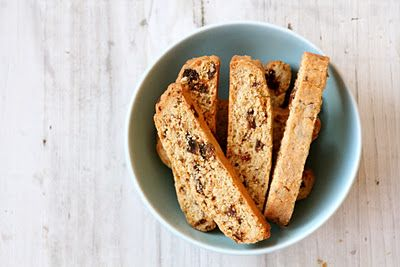 Biscotti med dadler, havregryn, kanel og kardemomme - steg for steg!