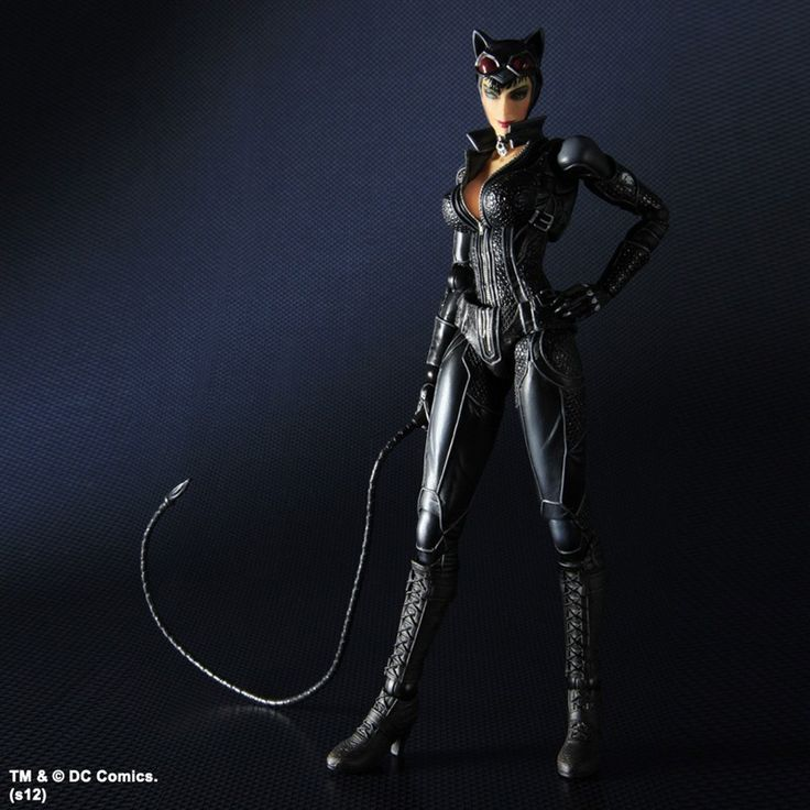 Batman Arkham City Play Arts Kai Action Figure Catwoman 22 cm