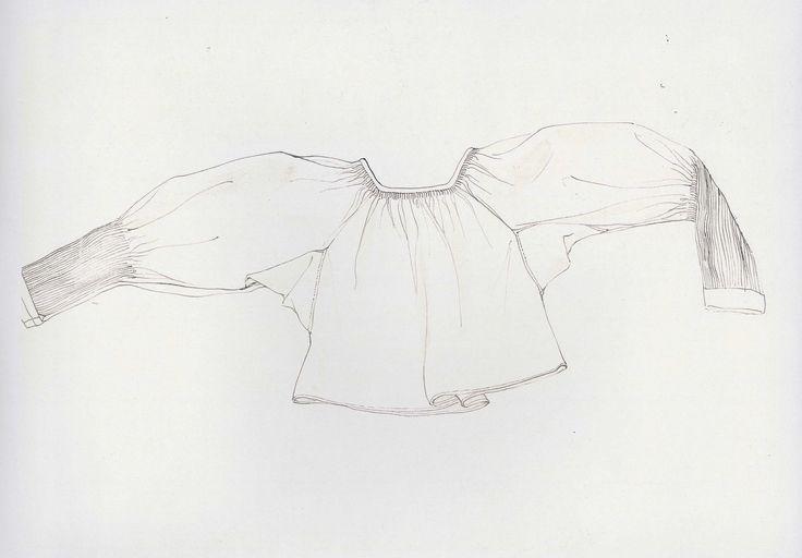 Rukávce, Vernár, prvá štvrtina 20. storočia. Rukávce, oplecko je ušité z domáceho bieleho bavlneného plátna. Má rovný strih, s rukávmi bokom prišitými. Konce rukávov sú vysoko nazberané, nariabkané a všité do úzkeho obalku. Siahalo niže pása. Slobodné dievčatá a mladé ženy nosili rukávy rukávcov vykasané. Staršie ženy mali rukávy spustené. Spustené rukávy nosili aj ostatné ženy, ale len pri návšteve kostola a čase smútku. Vo všedné dni sa nosili staršie a obnosené, pôvodne sviatočné rukávce.