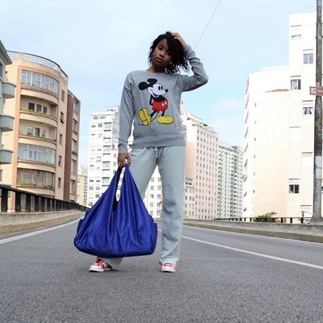 Para o Inverno Nada melhor que uma blusinha de lã 😍❤️❄️  Blusa Mickey Nova   R$50 Tamanho P  #myway #brecho #mywaybrecho #brechoonline #brechodeluxo #garimpo #achados #vintage #moda #baratinho #grifes #marcas #lojasdedepartamento #love #fashion #compraevenda #ootd #look #inverno