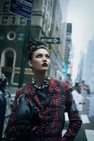 Karlie Kloss Is the New Face of L'Oréal: Her 12 Best <i>Vogue</i> Beauty Moments – Vogue