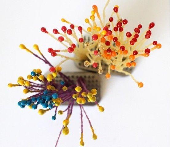 Тычинки для цветов из воска и восковых цветных карандашей. Мастер-класс