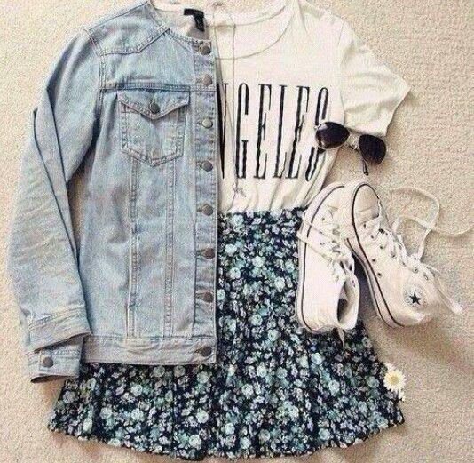 Camisa estampada // jaqueta clara