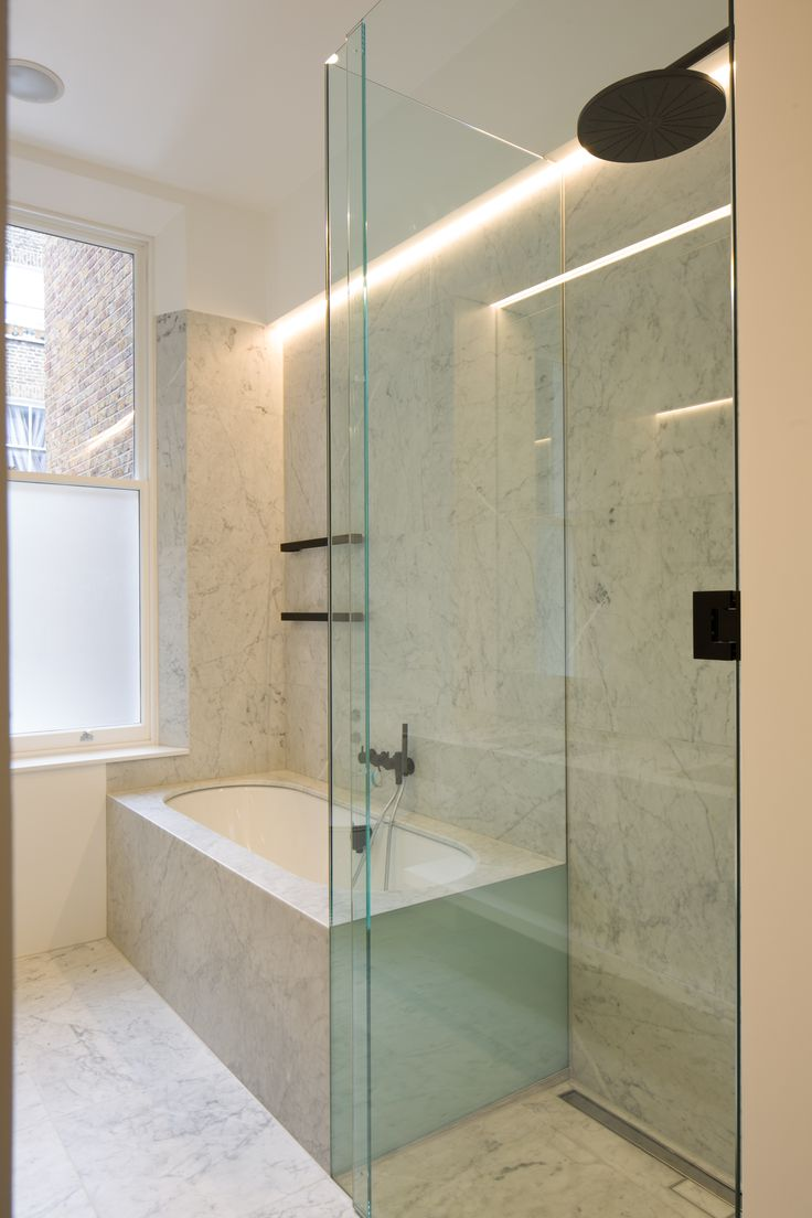 15.12.2016 Nothing Hill Carra marble, Matte black Vola Shower head