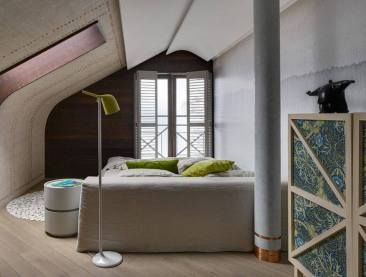 sloped+ceiling+solutions+++inspiration+from+an+updated+attic+|+@meccinteriors+|+design+bites