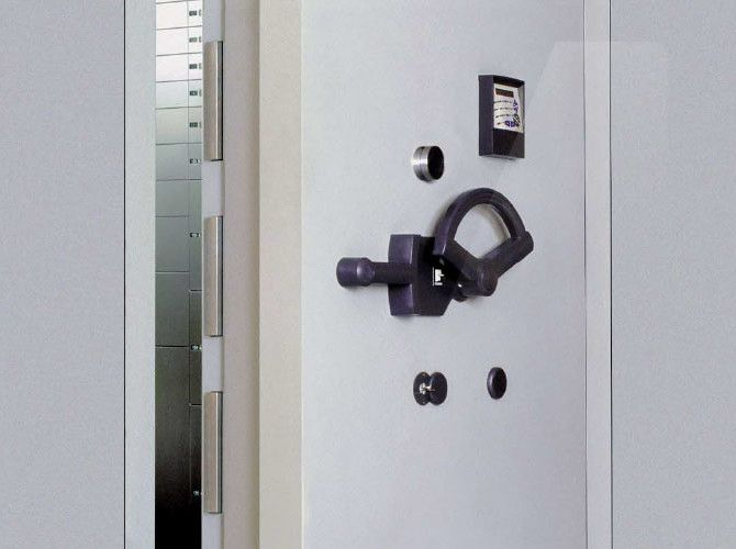 Vault Door Handle