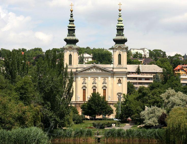 Ciszterci Szent Imre templom   Budapest, Villányi út