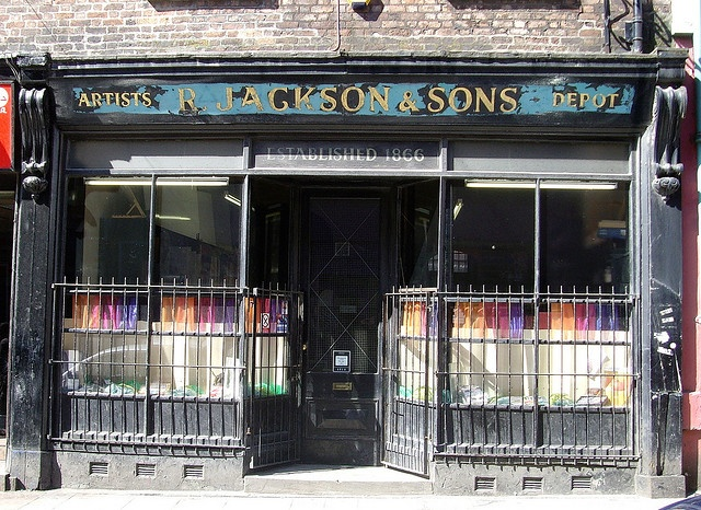 Jackons Art Shop in Liverpool. Custom-make the most perfect canvases for artists ever.