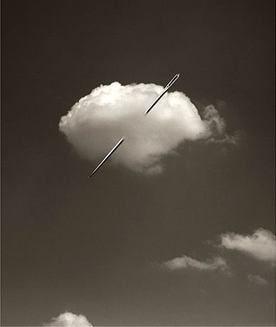 A stitch in time saves cloud 9! Chema Madoz - D -