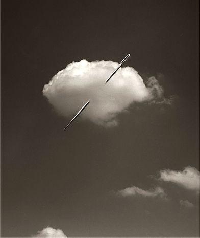A stitch in time saves cloud 9! Chema Madoz - D -