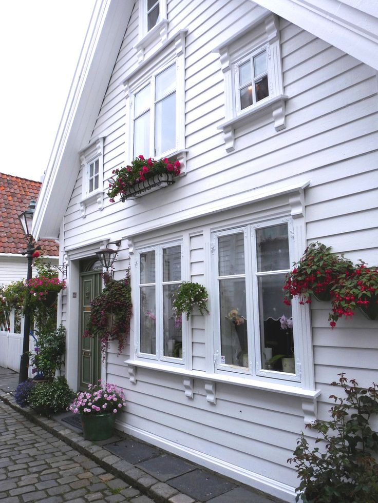 cute storefront in Stavanger, Norway - Adorable enough to be an actual home.