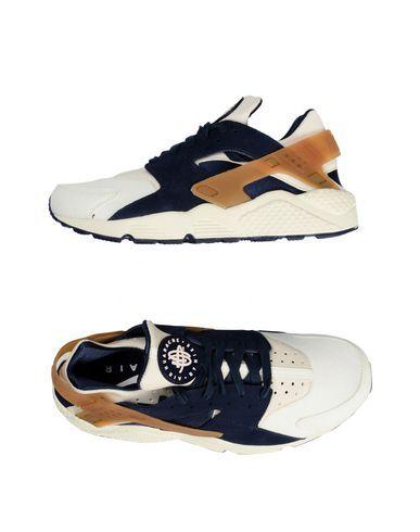 NIKE Low-tops & trainers. #nike #shoes #low sneakers & tennisschuhe