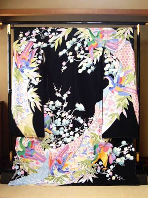 Hon-Kaga Yuzenf Kimono (a hand-painted long sleeved kimono dress)