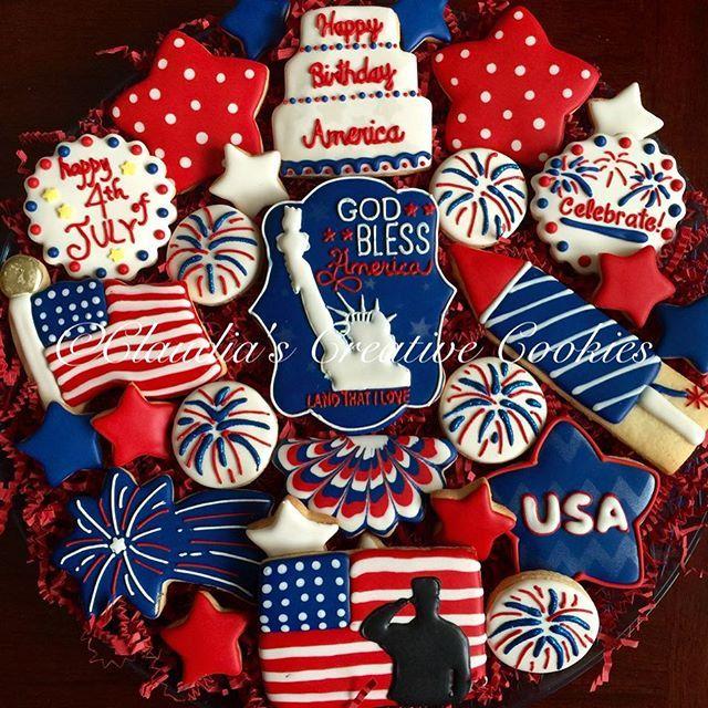 4th of July patriotic cookies! #customcookies #decoratedcookies #statueofliberty #fireworks #4thofjuly #4thofjulycookies #patrioticcookies #happybirthdayamerica #thankfulforfreedom #sugarcookies