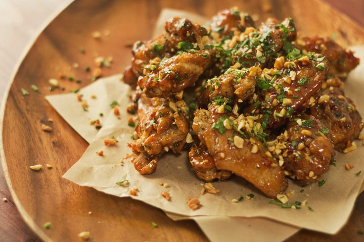 This Pad Thai Chicken Wings are spicy and sweet at the same time.
