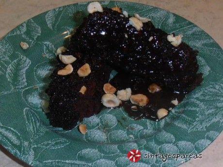 Κέικ κατσαρόλας, με καφέ και κακάο
