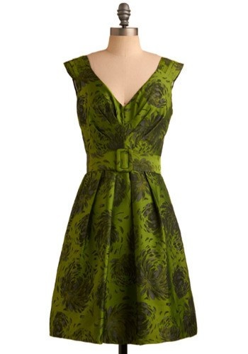 Green Floral Dress #lifeinstyle #greenwithenvy