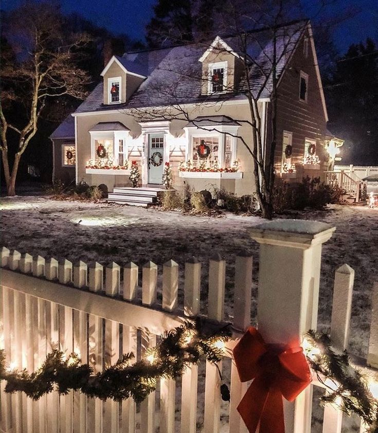 Pin By Kathy Solter On Cottage: Pin By Kathy LaPlant On €� Christmas Cottage €�