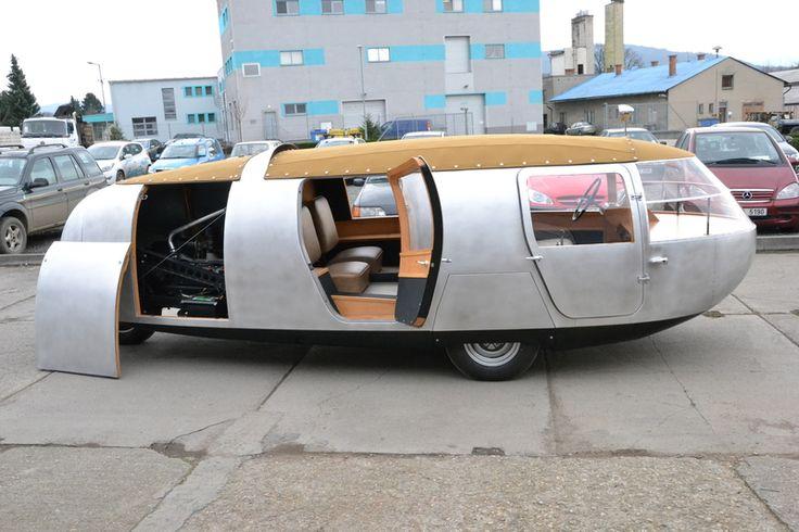 Unikátní kopřivnická tříkolka Dymaxion vstala z mrtvých, putuje do muzea v USA– Novinky.cz