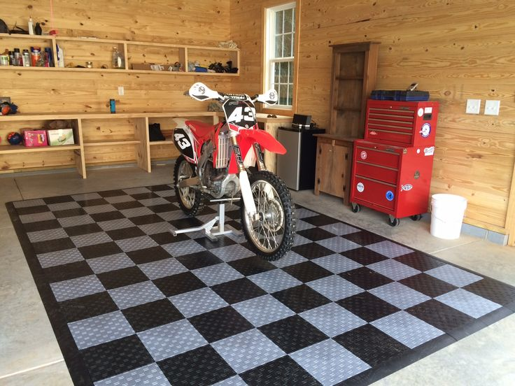 1000 Images About Cool Cars On Cool Garage Floors On