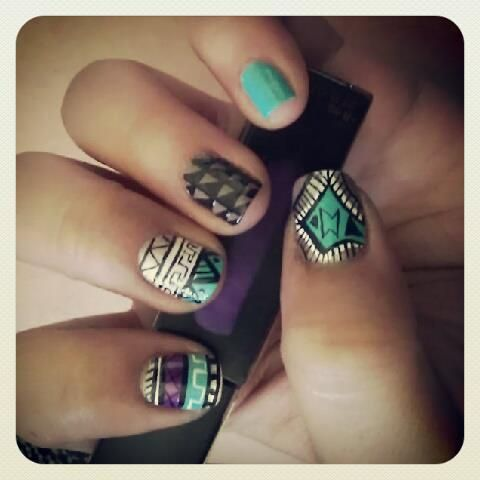 Aztec nails!