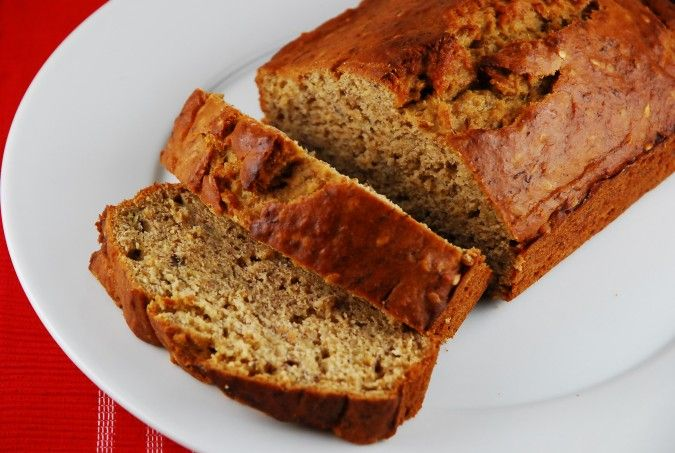 Low Fat Banana Bread Recipe - 4 Points + - LaaLoosh (145 calories)