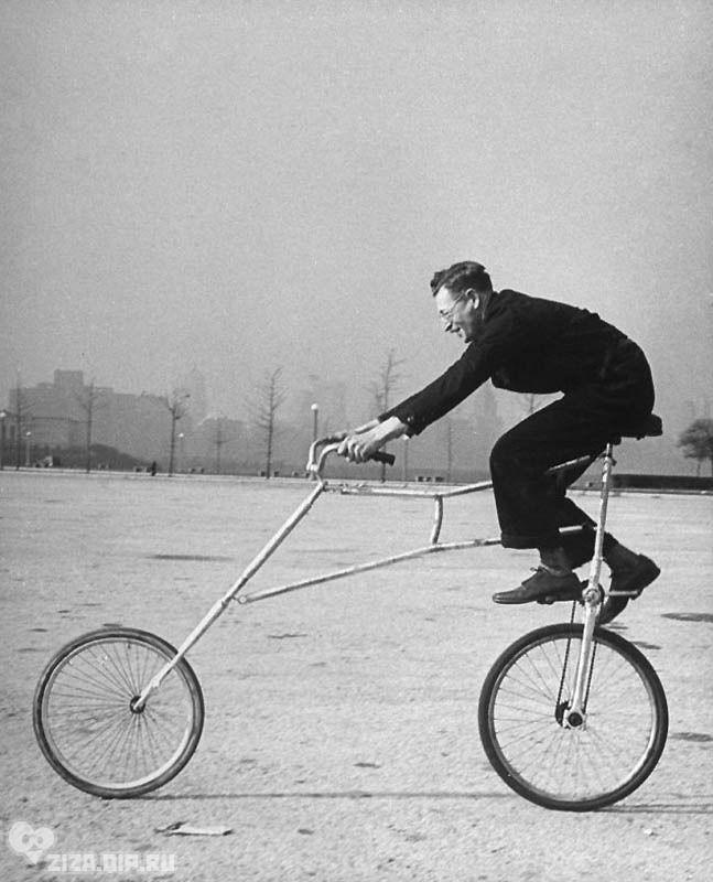 Удивительные ретро-велосипеды.Заднюю и переднюю части велосипеда Мориса Штайнлауфа соединяют лишь две пружины.