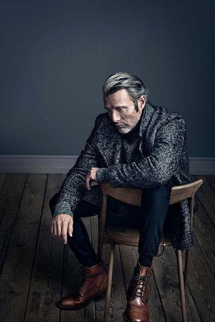 The clothes, the face, the stare... oh my mads  RF