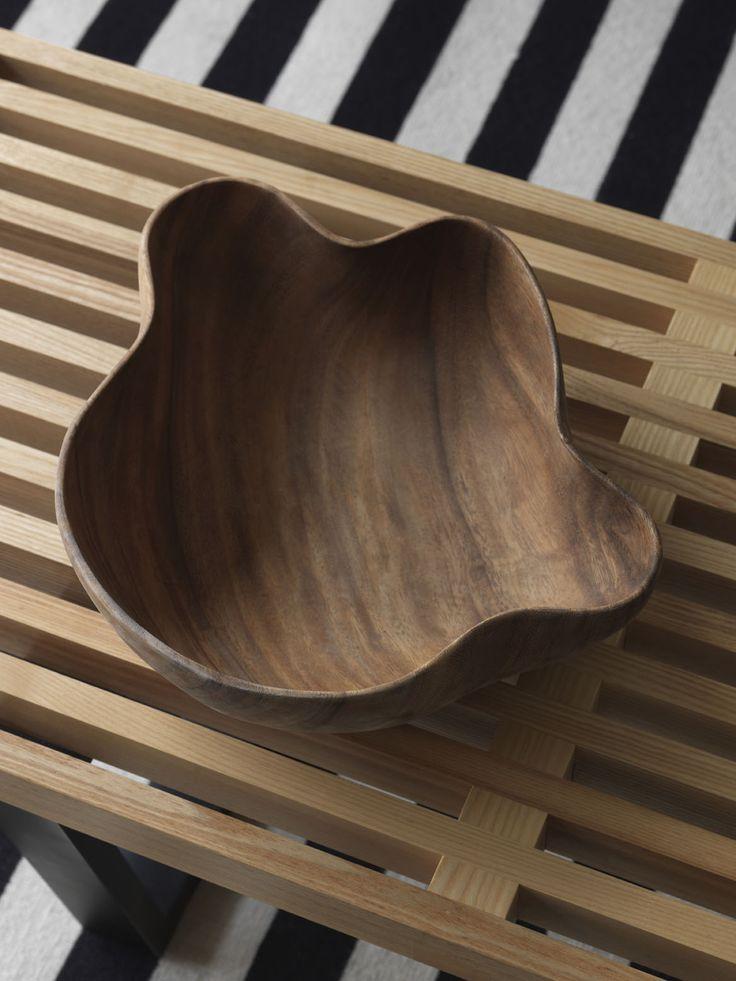 STEEPLE APARTMENT | alwill  #wood#coffeetable #livingroom #interiors #rug #details